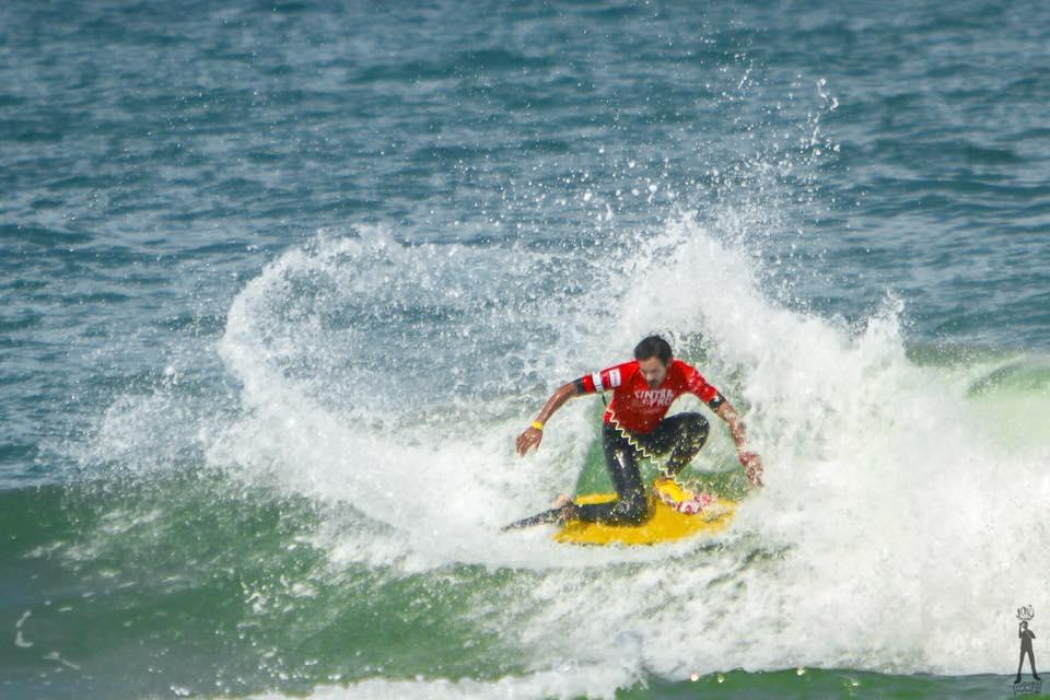 Bodyboard: Cesar Bauer se mantiene entre los cuatro mejores del mundo