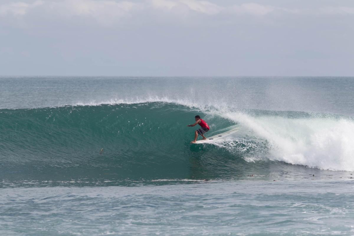 Circuito Mundial De Surf : 5to lugar para piccolo clemente en torneo invitacional en california