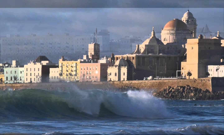 Surf en Cádiz: Lo que el huracán Ophelia dejó a su paso