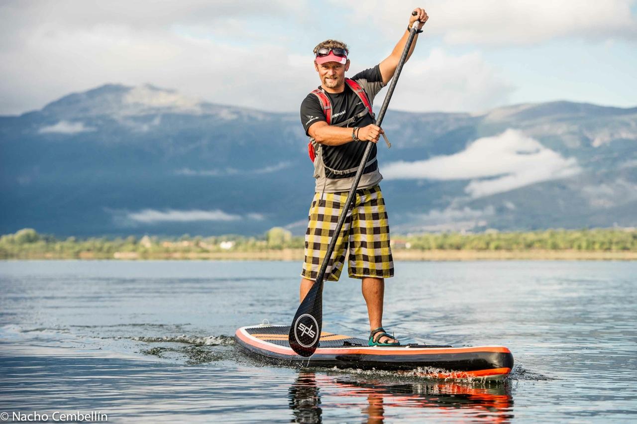 Aventurero completa vuelta a la Península Ibérica en paddle surf