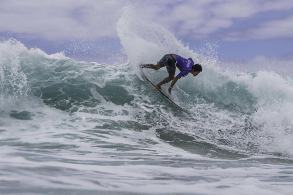 WQS: Juninho Urcia y Alonso Correa avanzan a cuarta ronda del Itacaré Surf & Sound Festival