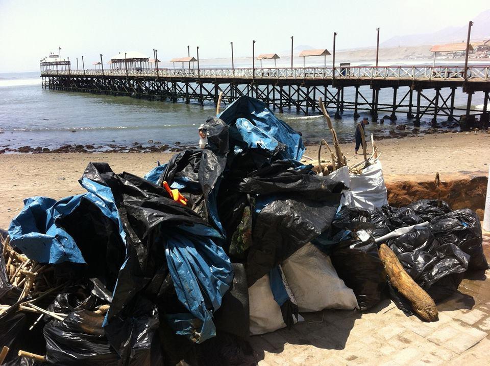 Recogen más de mil kilos de basura en Huanchaco