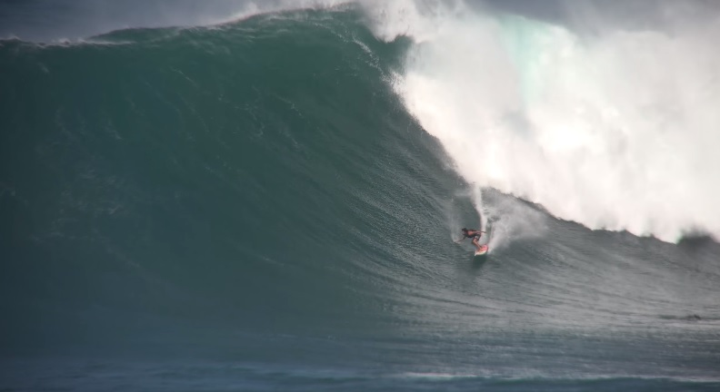 Gabriel Villarán corre la ola más grande de su vida