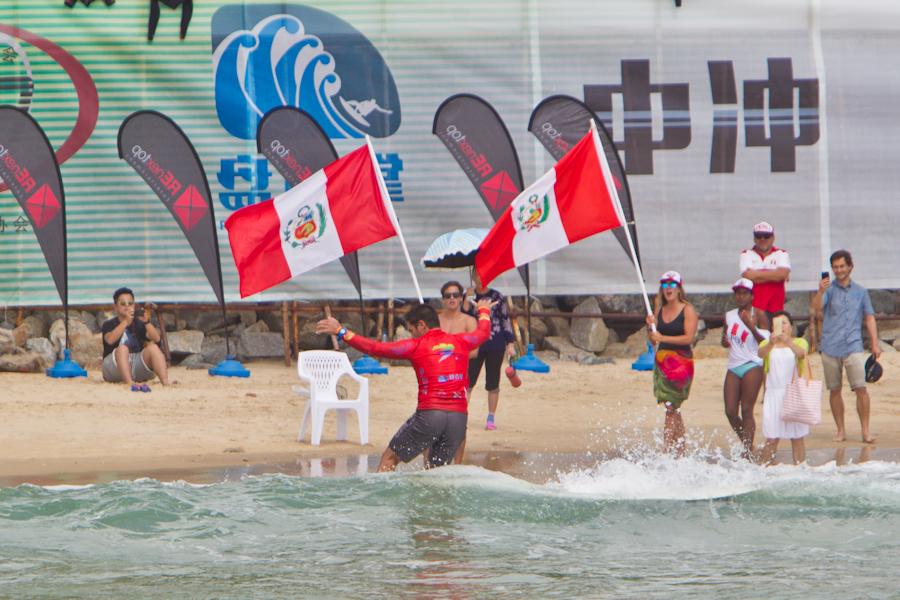 Piccolo Clemente medalla de plata en Mundial Longboard de la ISA