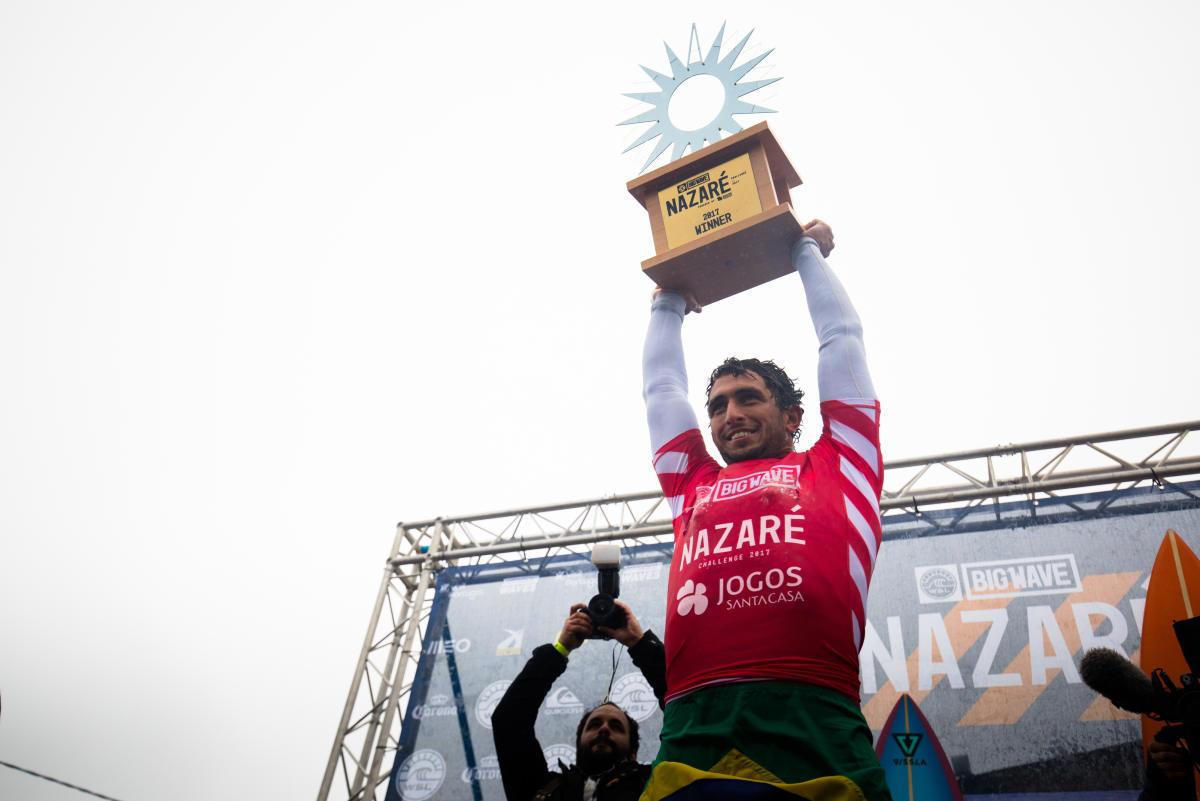 Brasilero Lucas Chianca vence en Nazaré