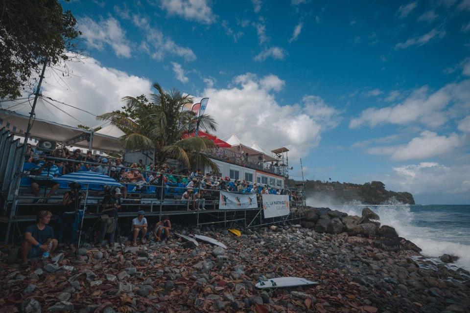 Peruanos inician su participación en el Martinique Surf Pro (WQS 3000)
