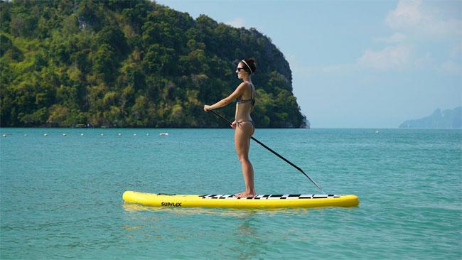 El paddleboard inflable que cabe en una mochila