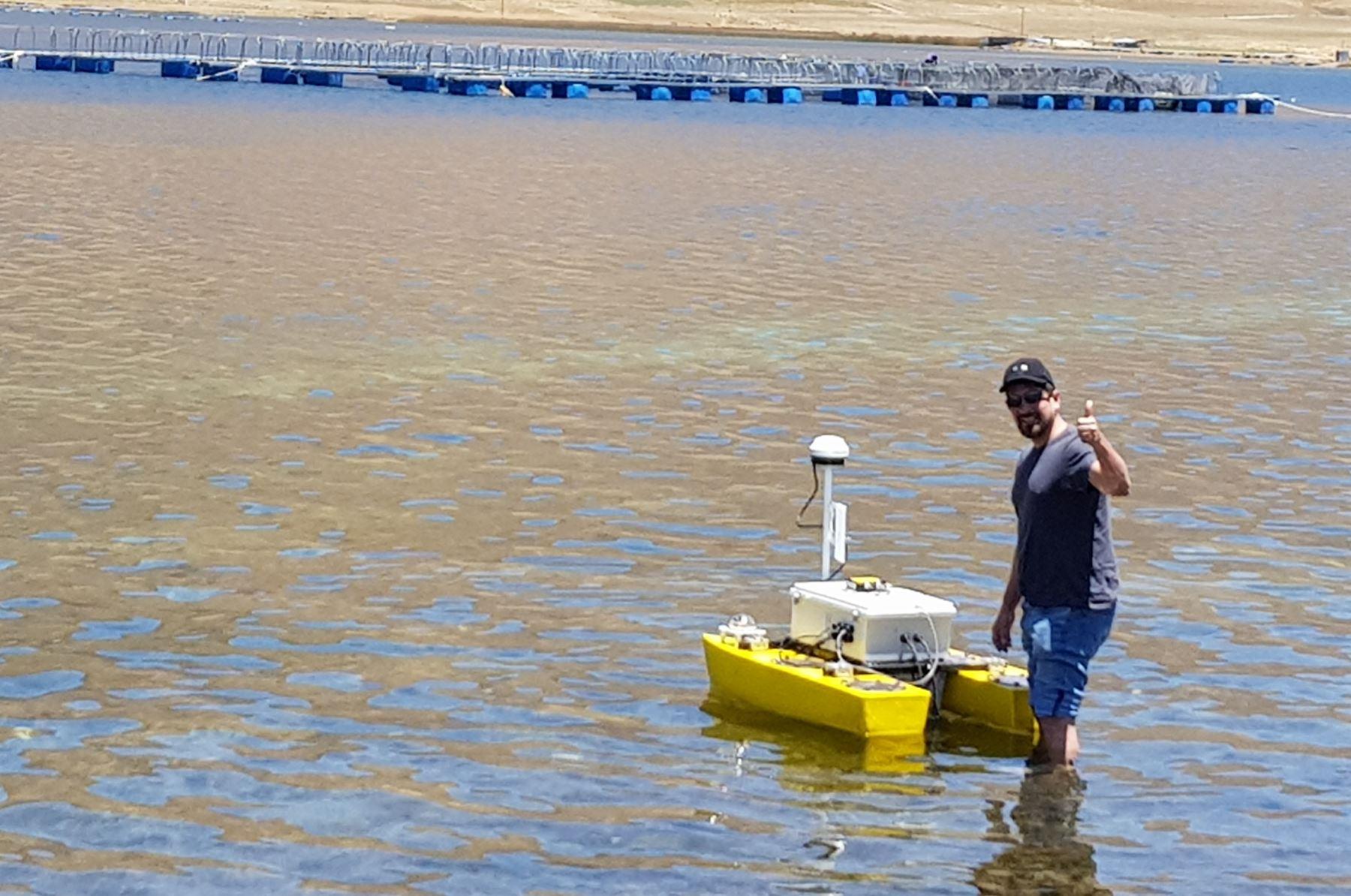 Construyen los primers robots submarinos del Perú