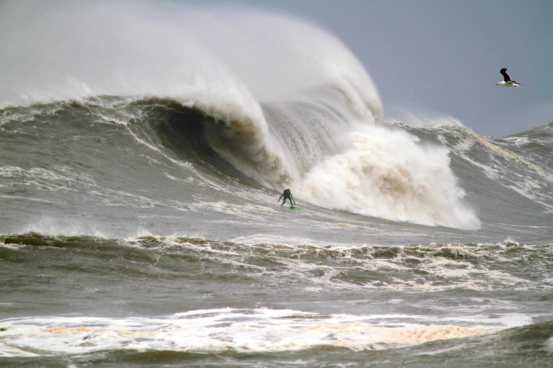 Lucas Chianca es el campeón del Mormaii Big Waves