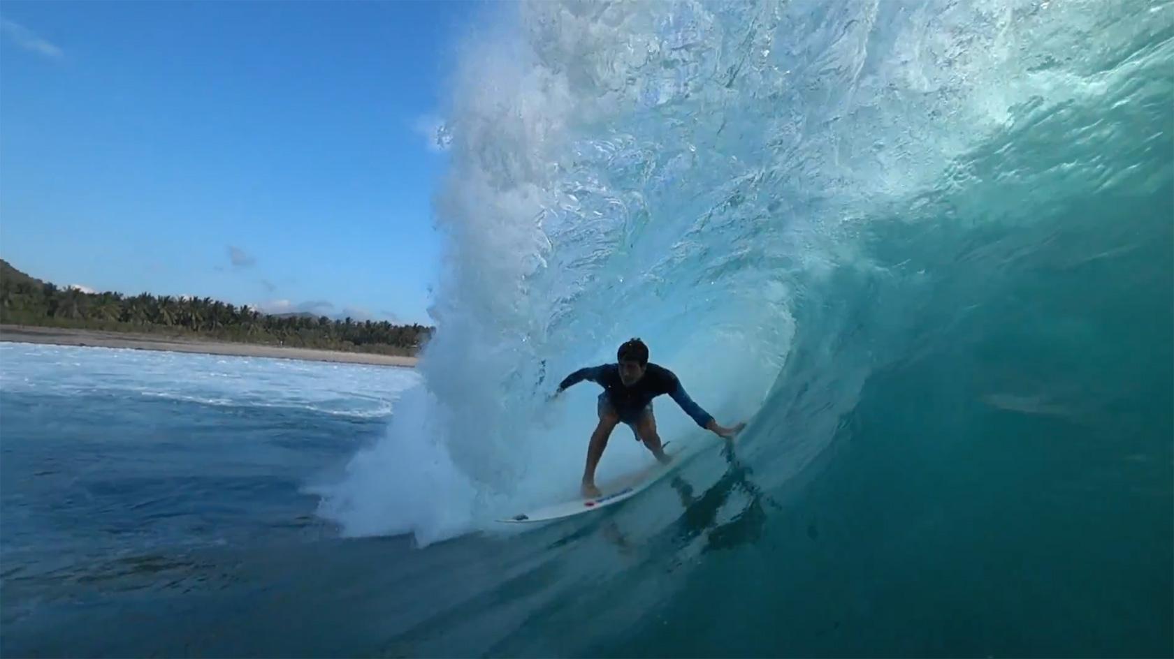 HOLD - Tomas Tudela en Indonesia