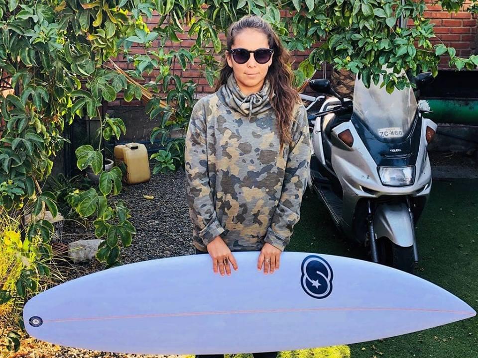 Los duros desafíos que deberá surfear Sofia Bórquez para llegar a Tokio 2020