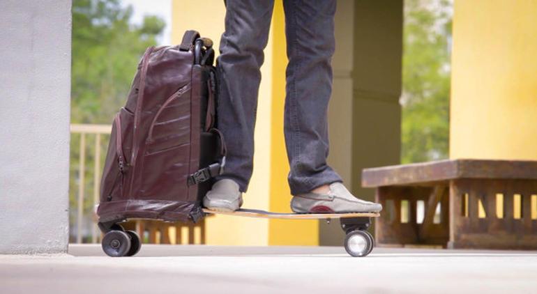 MOVPACK: La mochila que se convierte en skate