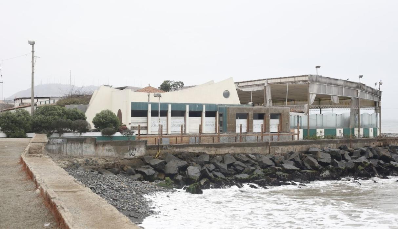 Barranco: Demuelen conocido restaurante de la Costa Verde para construir parque