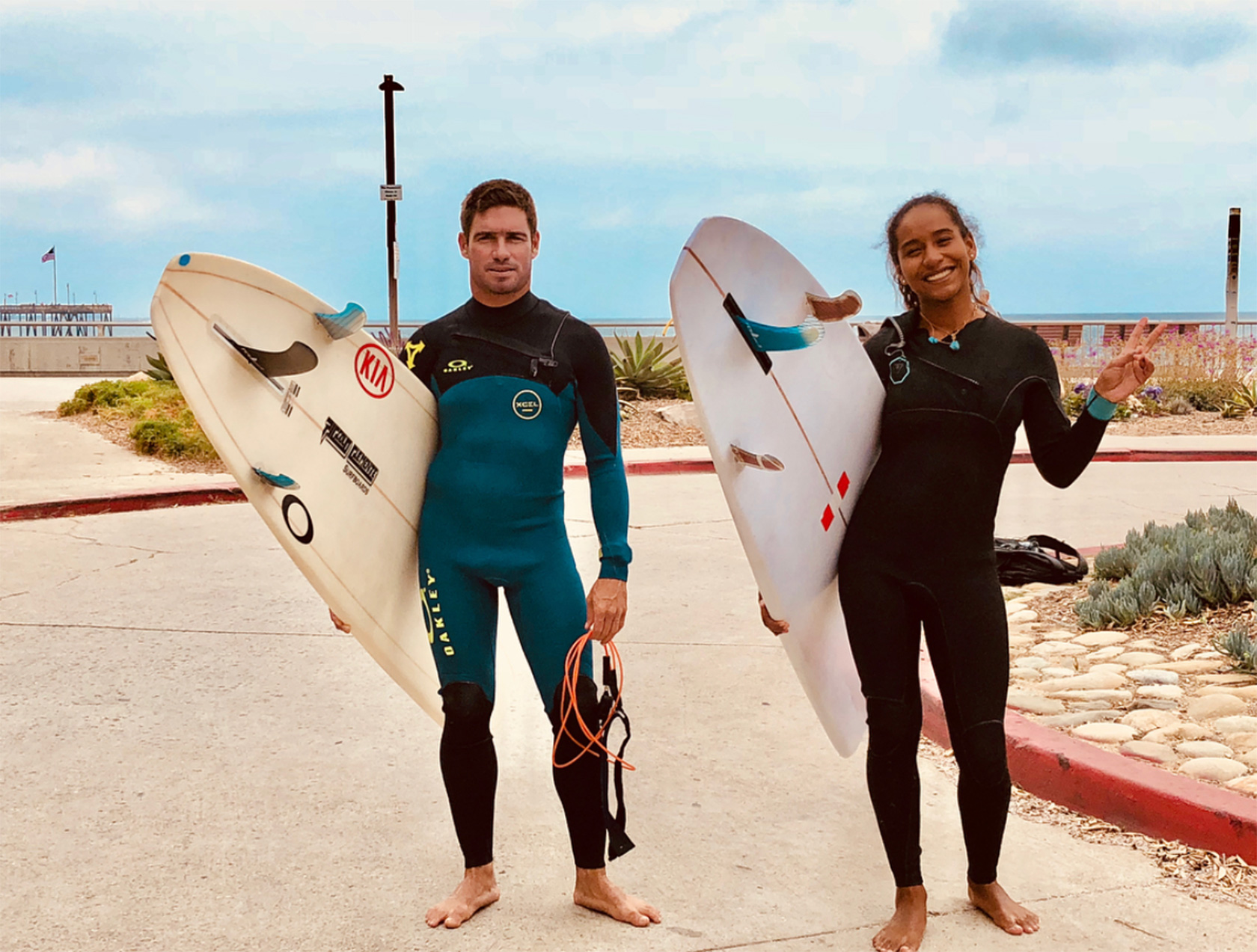 Piccolo Clemente 2do y María Fernanda Reyes 5ta en el Surf Relik