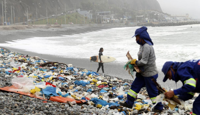Urge que el congreso apruebe una Ley de plásticos de un sólo uso