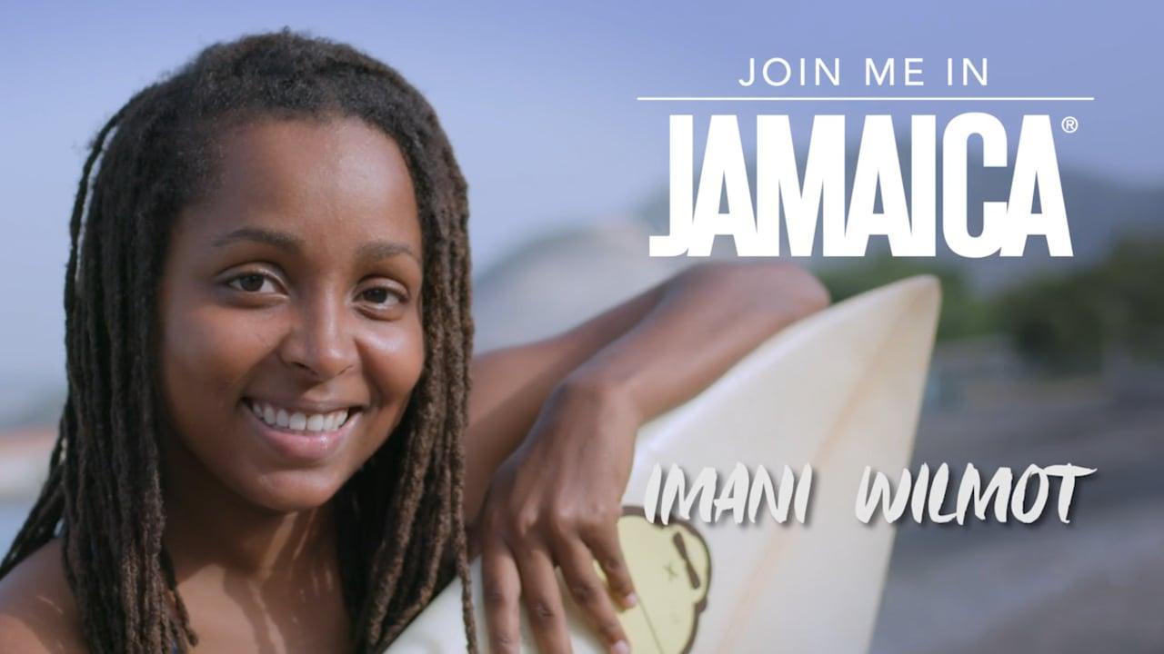 La surfista de Jamaica que está transformando las vidas de las mujeres en su país