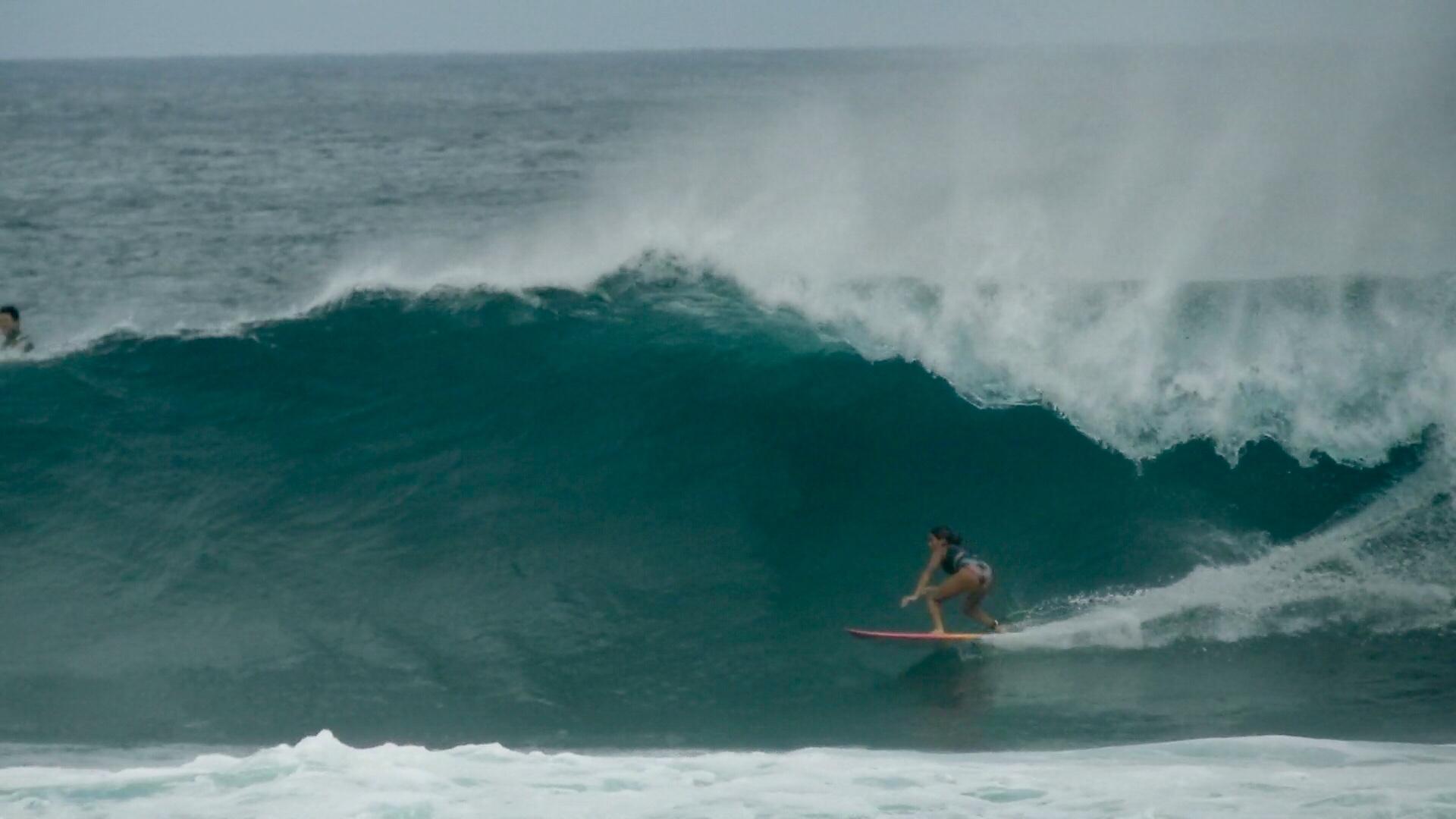[Portada] Sol Aguirre en el último swell norte en Galápagos