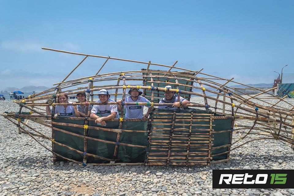 Basureros biodegradable en playas del Perú