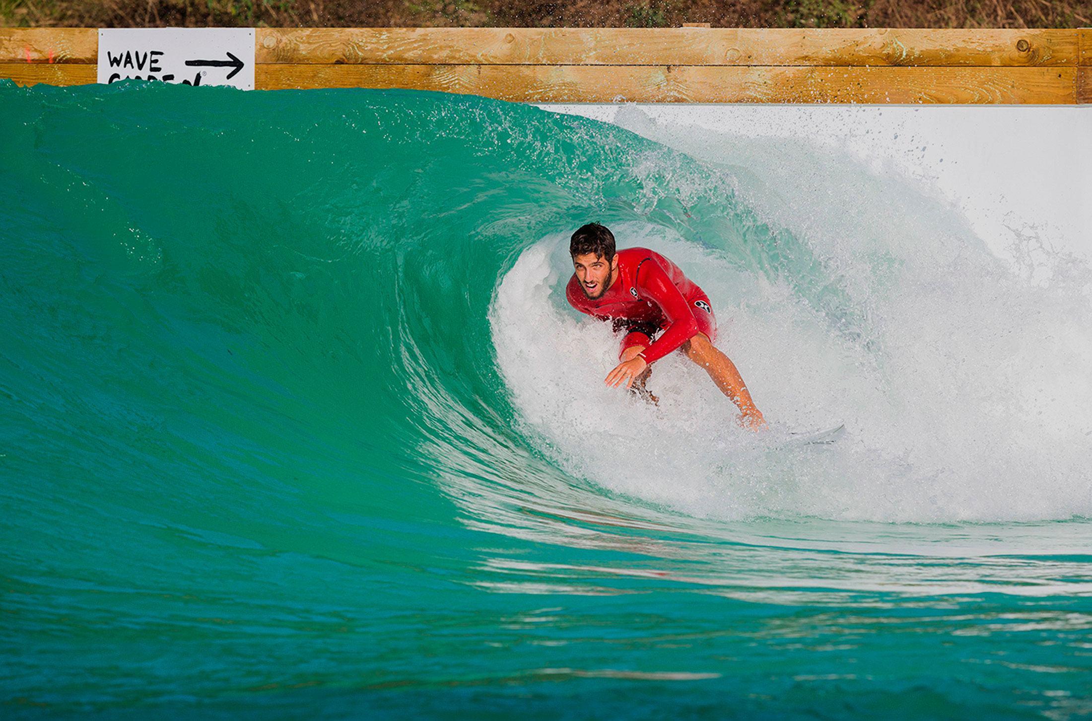 Brasil también quiere su piscina de olas