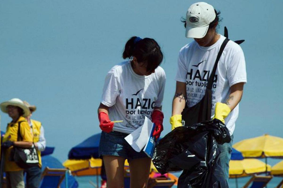Campaña de limpieza de playas recolecta cerca de media tonelada de basura