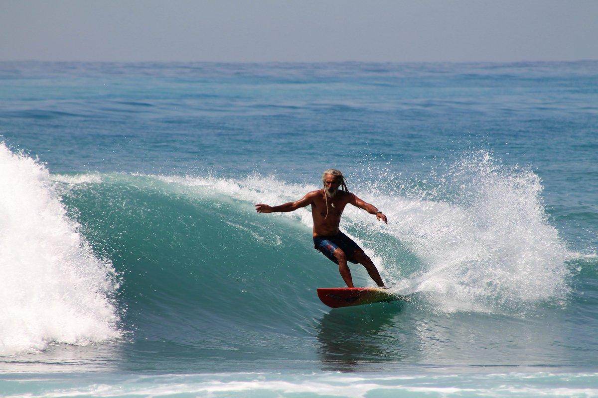 ícono del surf jamaiquino pierde casa en incendio