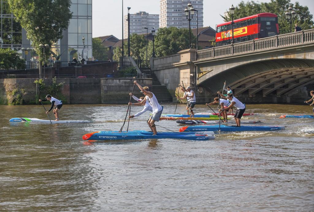 ISA y APP reafirman su fuerte sociedad con el regreso de la élite del SUP al río Támesis en Londres