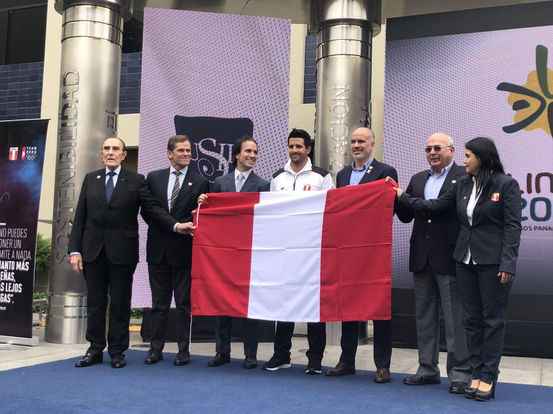 Stefano Peschiera fue elegido como abanderado de la delegación peruana para Lima 2019