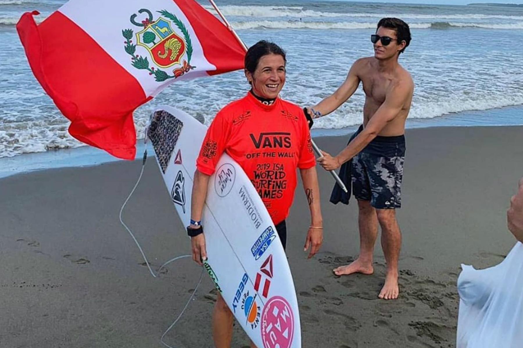 Así fue el triunfo de la reina del surf Inca en aguas japonesas