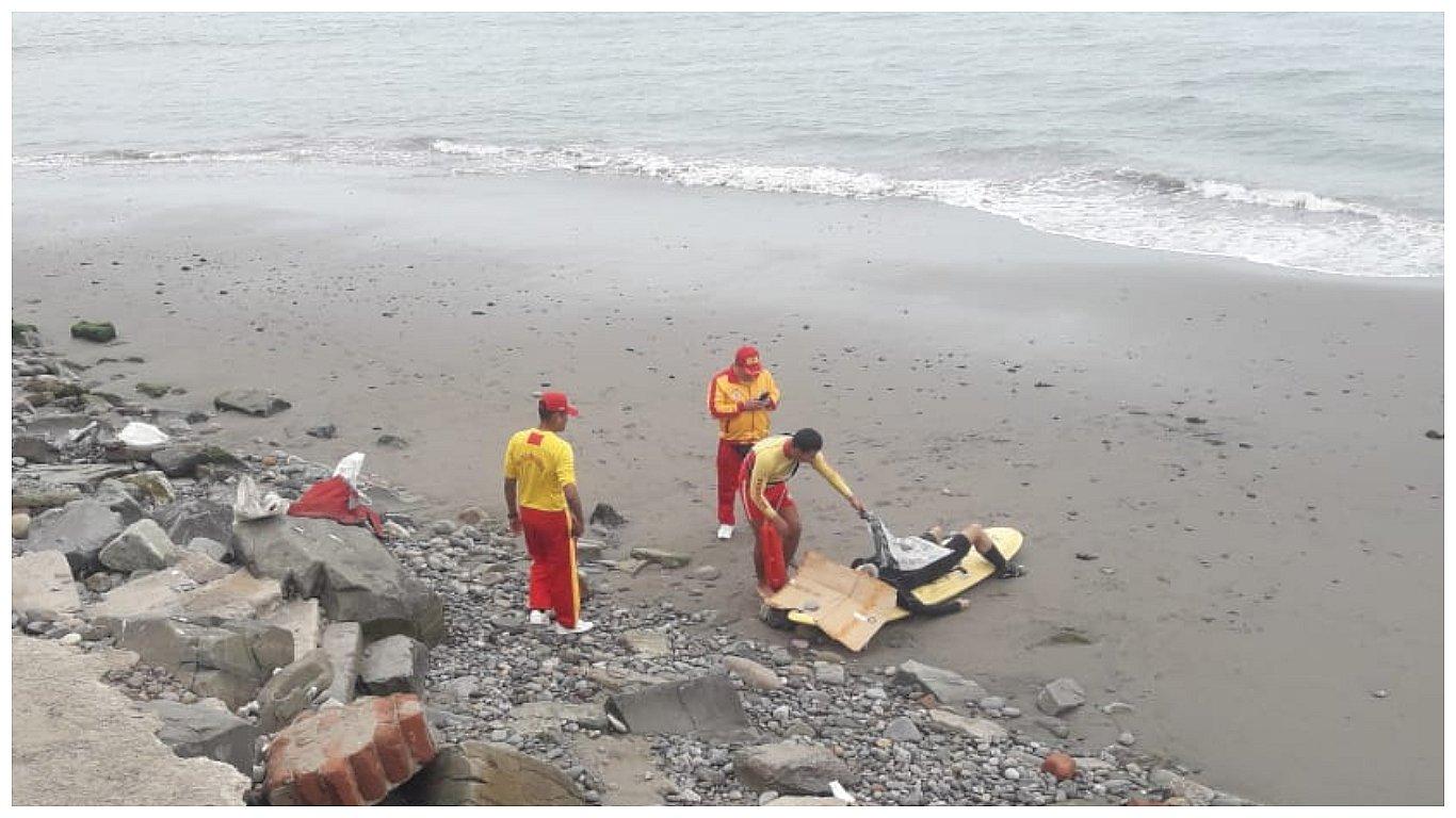 Barranco: Hombre falleció mientras surfeaba en playa Los Yuyos