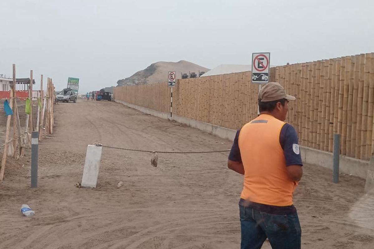 ¿Restringen acceso a playa Puerto Viejo?