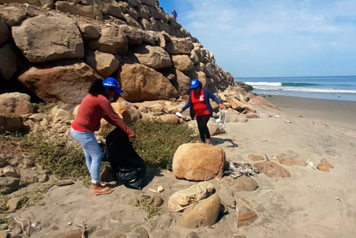 Cabo Blanco: Recogen toneladas de basura en campaña de limpieza