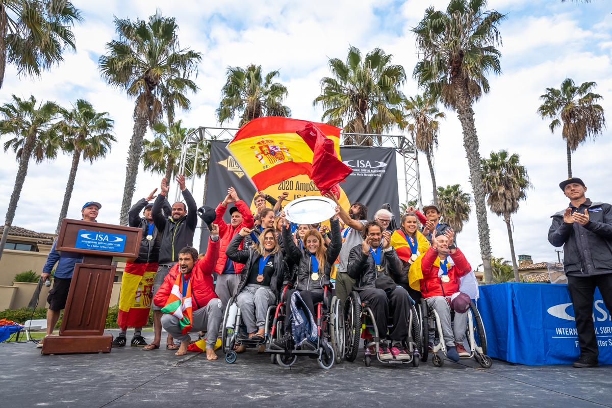 España celebra su primer triunfo en mundial de surfing adaptado