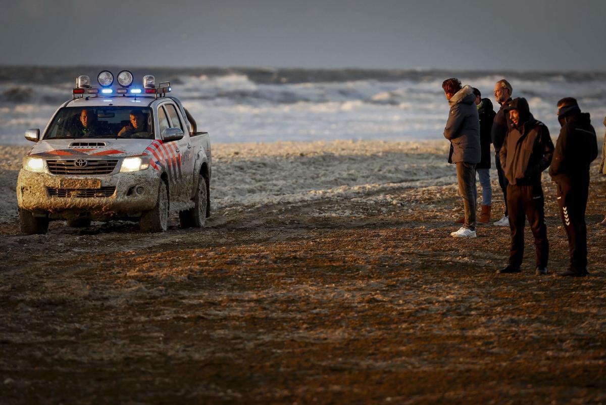 Países Bajos: Cinco surfistas murieron luego de ser arrastrados por la corriente