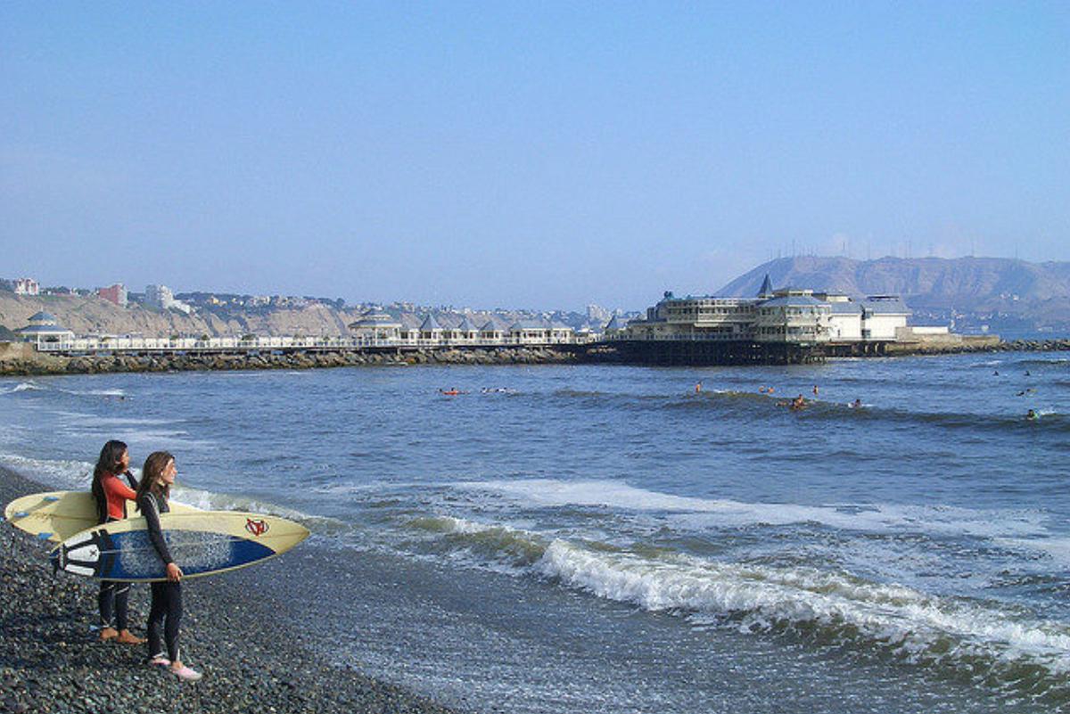 """Este podría ser el protocolo a seguir para el regreso oficial del """"freesurfing"""" en Miraflores"""