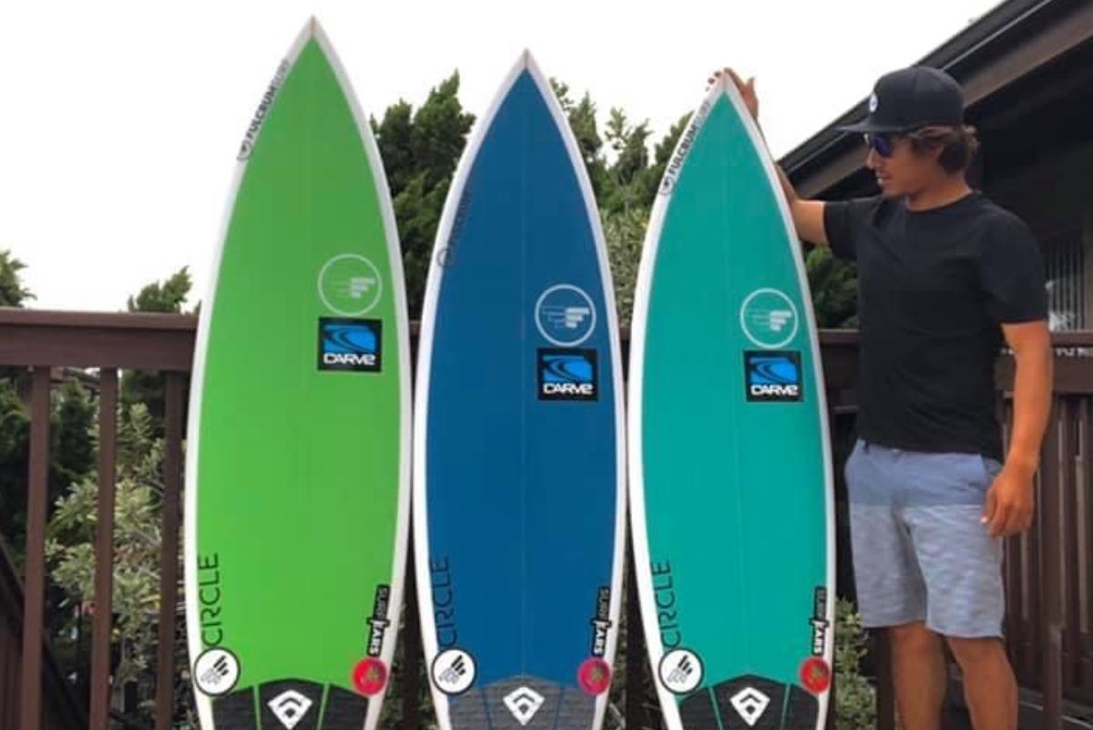 Surfista de Huanchaco estrena su modelo de tabla en California