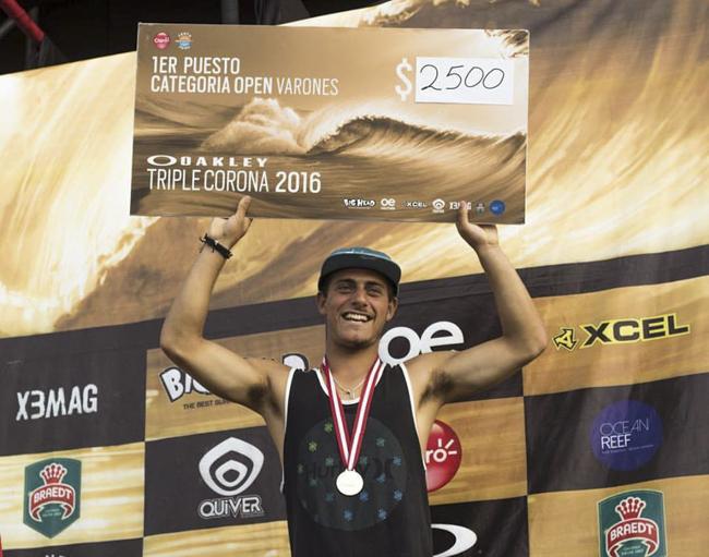 Alonso Correa el mejor de la Triple Corona Oakley en Cerro Azul