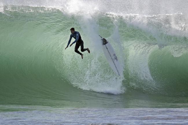 Lesiones más comunes que sufrimos cuando surfeamos