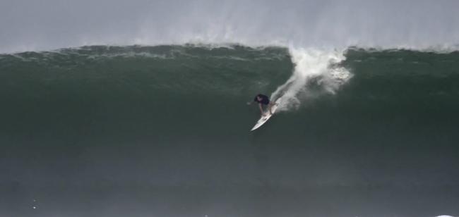 Martin Jeri dentro de las 10 mejores olas del mes de marzo por SURFING Magazine