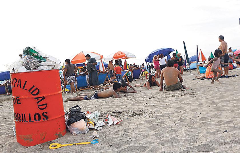 ¿Con cuánto te pueden multar hoy si botas basura en las playas de Lima?