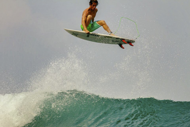 Industria: Jager Surfboard Covers
