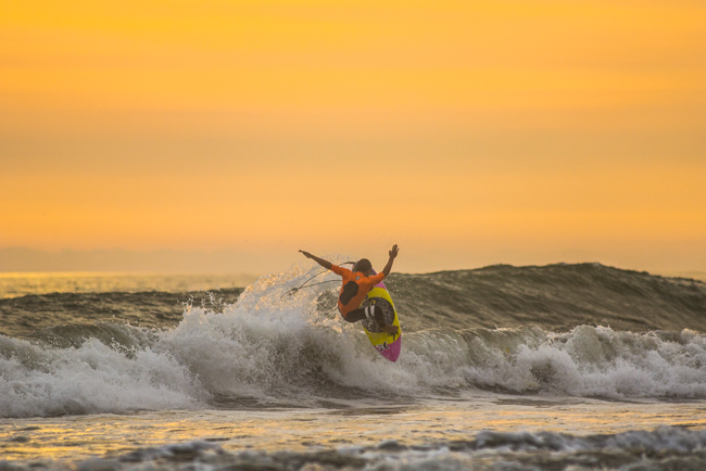 Surfear en días malos para mantener el entrenamiento