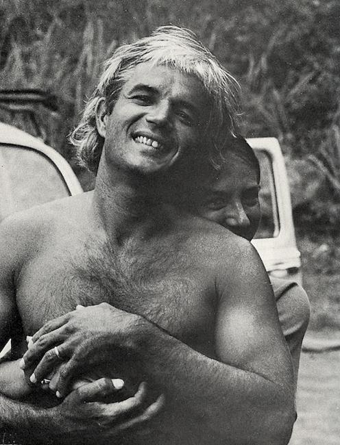 La leyenda Dick Brewer viene al Perú