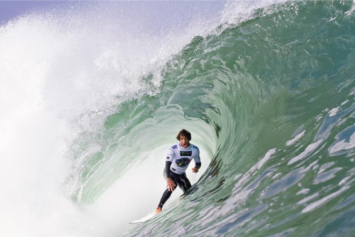 Álvaro Malpartida con las mejores expectativas para el evento mundial en la ola de El Gringo