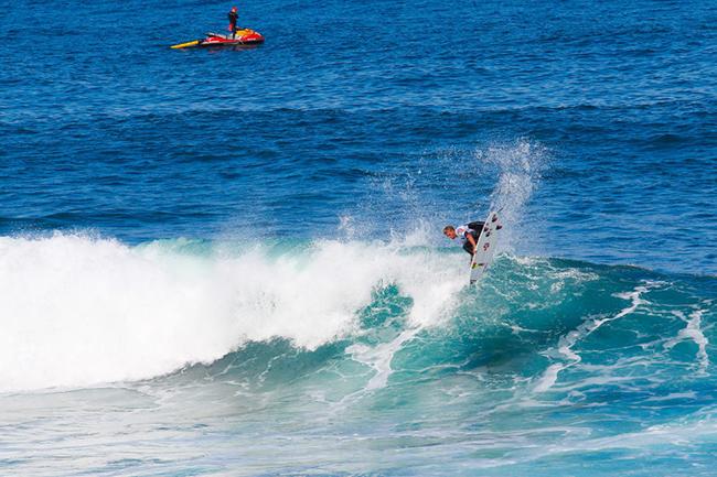 Miguel Tudela rumbo al Martinica Surf Pro 2016