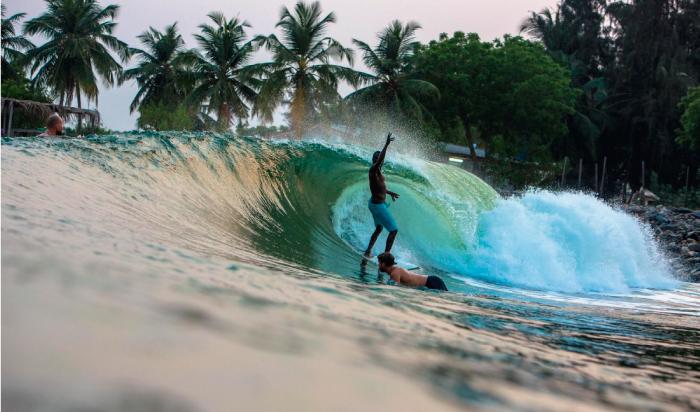 Cuando crees que el surf en Nigeria no existe pero aparece Lagos con sus olas turquesas