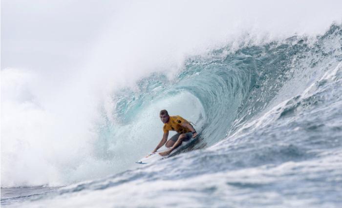 ¿Sabes cuánto gana Mick Fanning por surfear una ola?