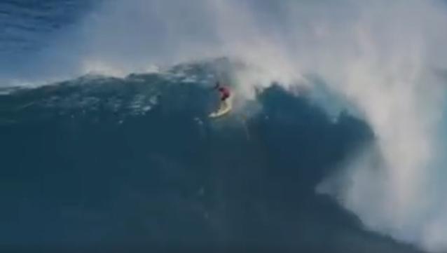 Tienes que ver ésta ola de Kai Lenny